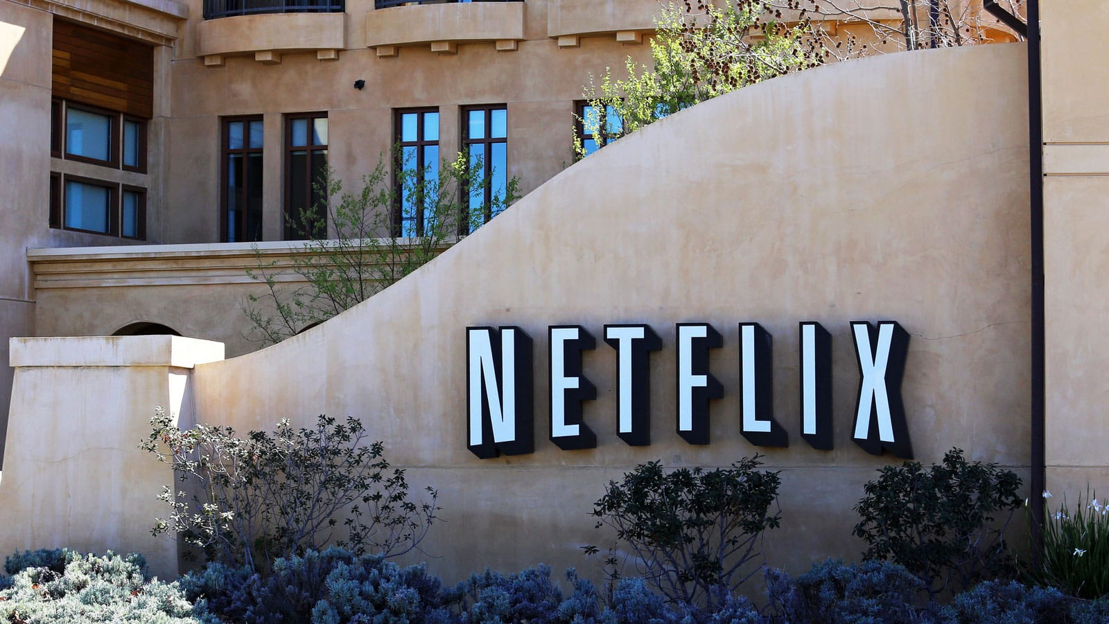 adweek-netflix-buys-la-billboards-what-does-it-mean